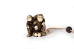 Galerie Tiago Paris Art du Japon Inro singe bois laque boîte à médicaments Meiji